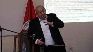 """Conferencia: """"Computación Cuántica"""" del Dr. Benjamín Barán."""